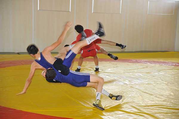 Hendekli güreşçiler Sivasta