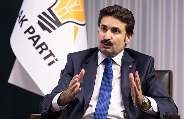 Ayhan Sefer Üstün: Askeri tesislerin şehir merkezinde olması uygun değil!