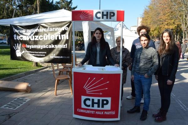 CHP gençliğinden imzalı tepki!