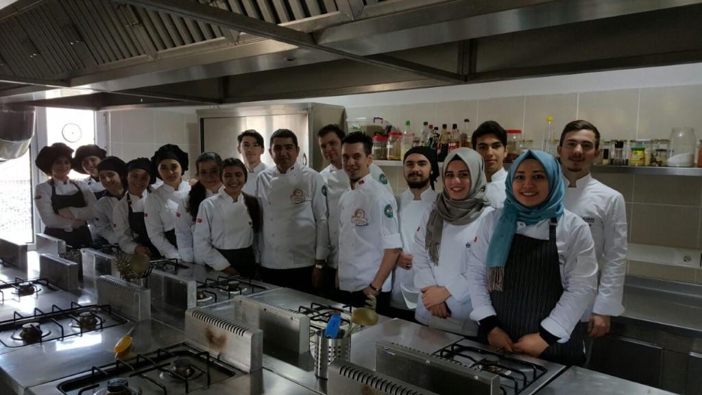 Aşçılık Programı Öğrencileri Uygulamalı Sınav Oldu