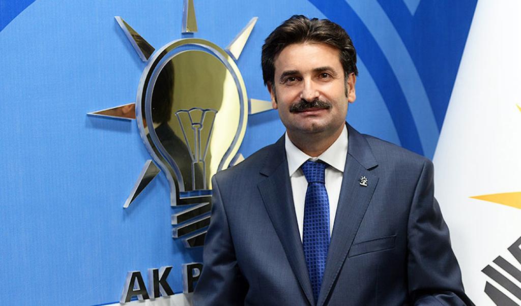 Ayhan Sefer Üstün, Radyo Mega ve Sakarya TV'de canlı yayında