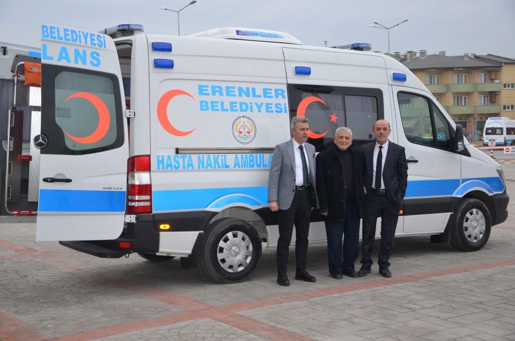 Erenler Belediyesi Hasta Nakil Aracı Aldı