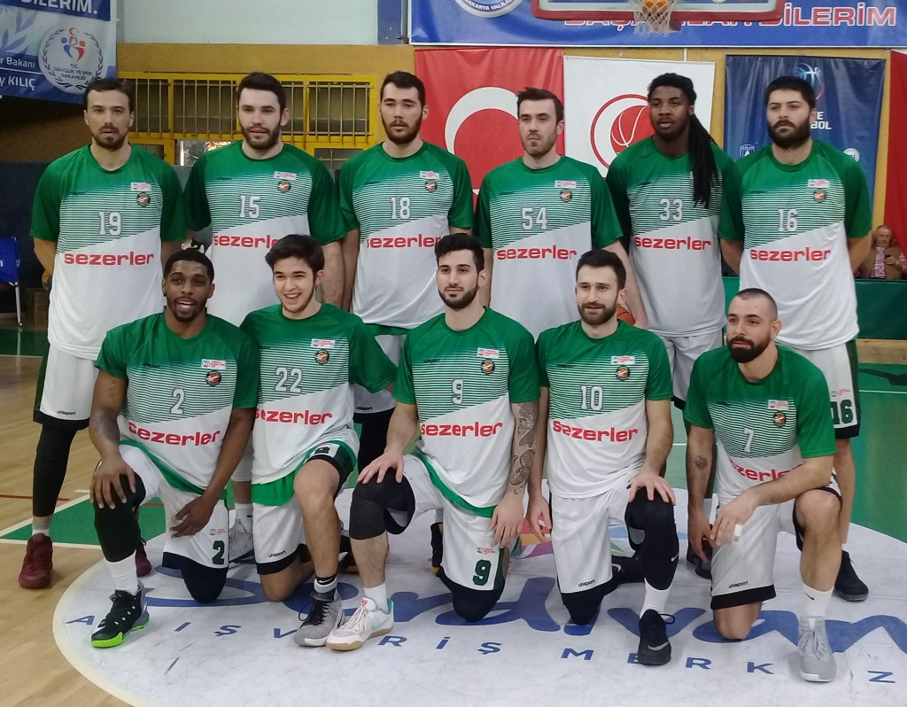 Büyükşehir Basket Ormanspor'u rahat geçti
