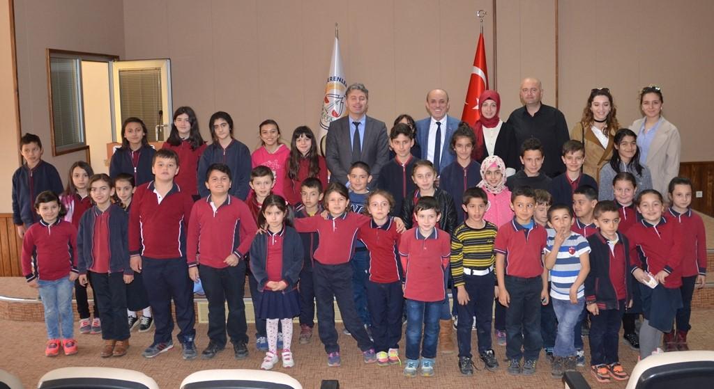 Minik Öğrenciler Yerel Yönetimler Dersini Başkan Öztürk'ten aldı