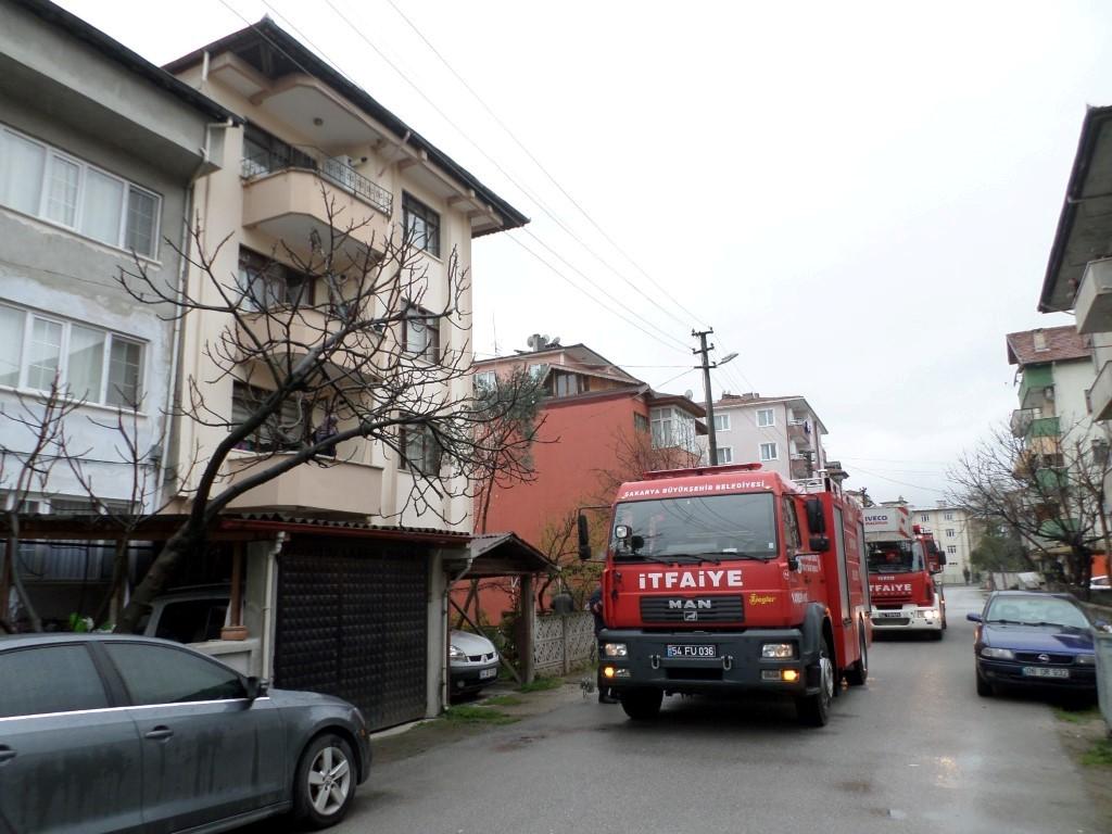 Baca yangını itfaiye ekiplerince söndürüldü