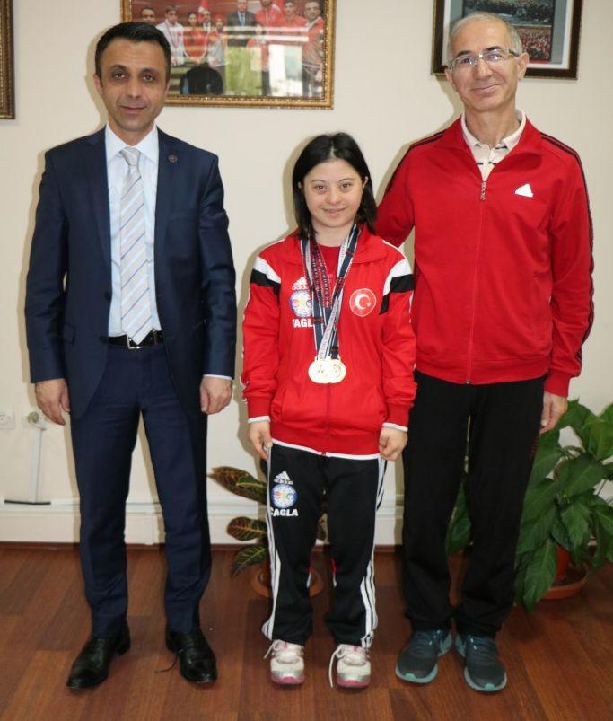 4 Yarışta , 4 Altın Madalya