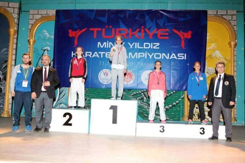 Temizel Türkiye Şampiyonu, Sudenaz Türkiye İkincisi