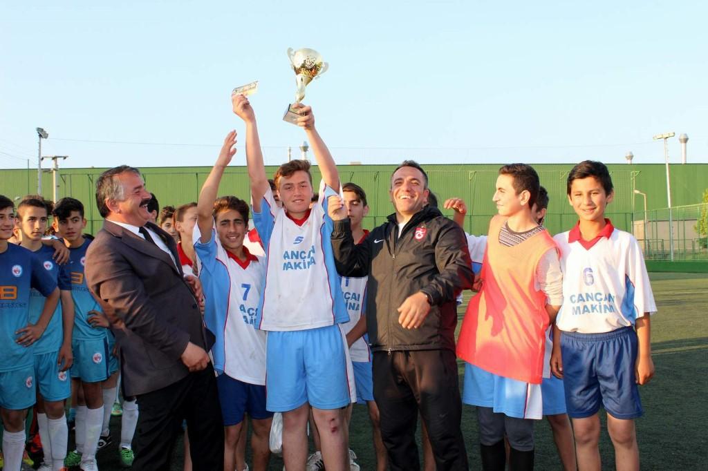 Arifiye Şampiyonu Milli Egemenlik Ortaokulu…