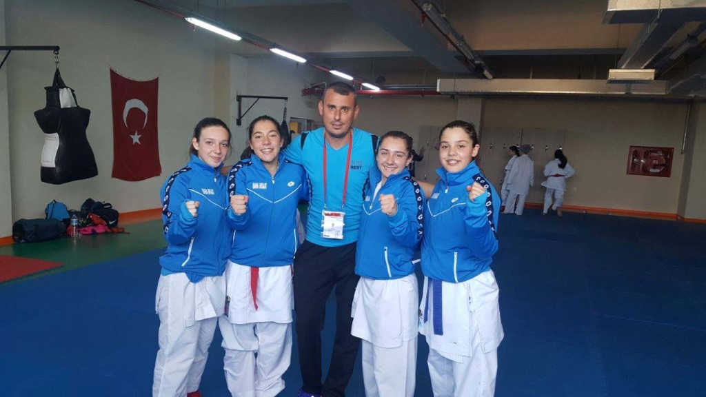 Hendek'li Karateciler Kosova Yolcusu