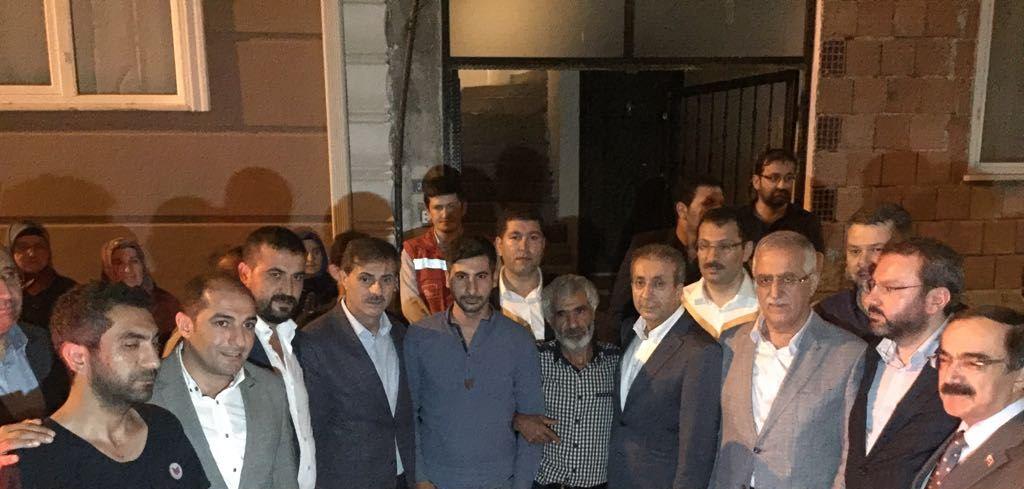 Bakan Eker'den Serdivan'daki Şehit Ailesine Taziye Ziyareti