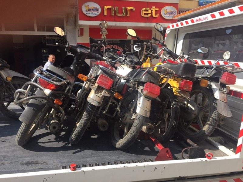Geyve'de motorsiklet operasyonu devam ediyor