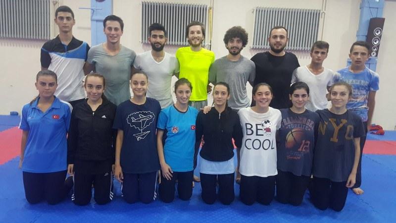 Karateciler İstanbul open yolcusu