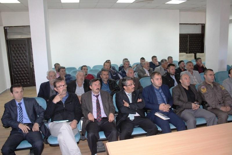 Taraklı'da jandarmadan servis şoförlerine seminer