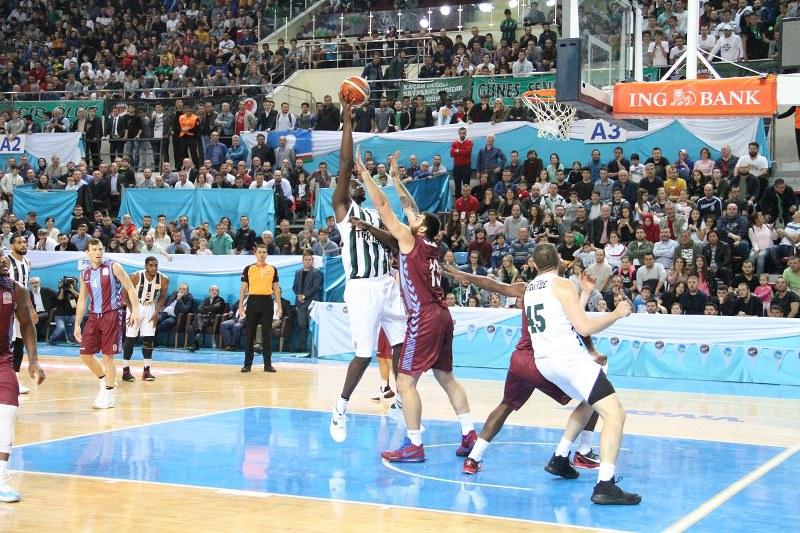 Büyükşehir Basket'ten tarihi galibiyet